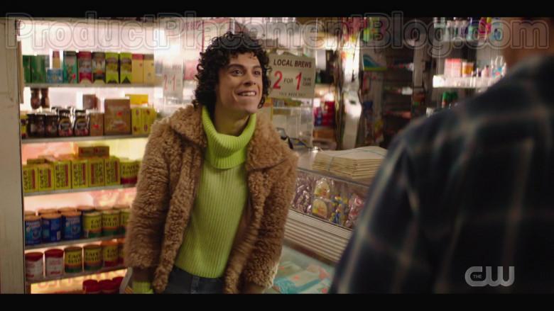 Café Bustelo Coffee in Katy Keene S01E13 (2)