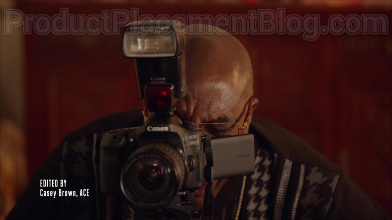 Canon EOS 80D Camera in The Last O.G. S03E05 Family Feud (2020)