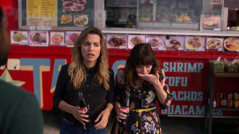 Coca-Cola Soda Enjoyed by Natalie Morales & Linda Cardellini in Dead to Me S02E06 (1)