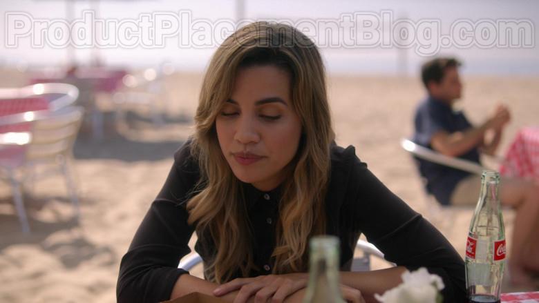 Coca-Cola Soda Enjoyed by Natalie Morales & Linda Cardellini in Dead to Me S02E06 (6)