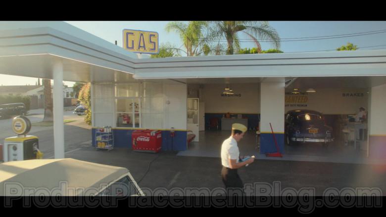 Coca-Cola Soda Refrigerator in Hollywood TV Series (1)
