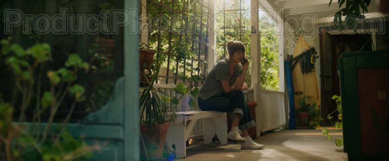 Dakota Johnson Wearing Converse Chuck Taylor All Star High Tops White Sneakers Outfit in The High Note Film (2)