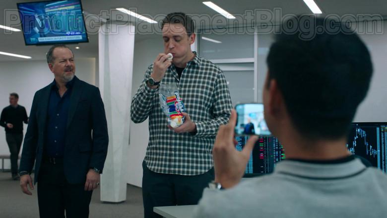 Dan Soder as Dudley Mafee Enjoying Kraft Jet-Puffed Marshmallows in Billions S05E04 TV Show (1)