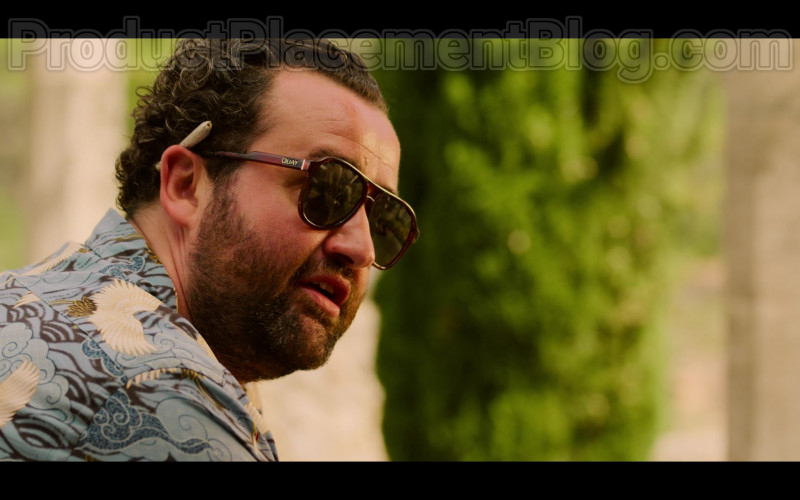 Daniel Mays as Marcus Wears Quay Men's Sunglasses in White Lines TV Show (3)