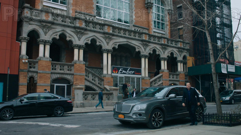David Costabile as Mike 'Wags' Wagner Using Bentley Bentayga Car in Billions S05E04 TV Show