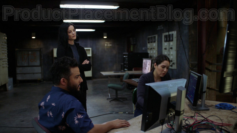 Dell Computer Monitors in Blindspot S05E02 TV Series (4)