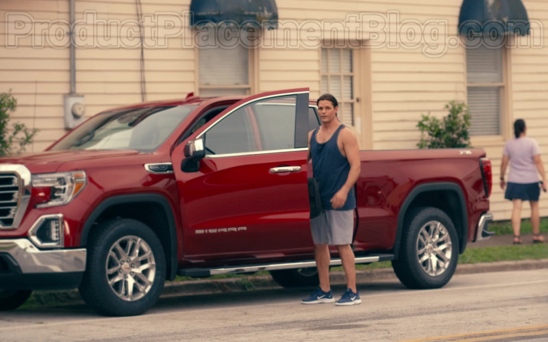 GMC Sierra Pickup Truck of Justin Bruening as Cal Maddox in Sweet Magnolias S01E02 A United Front (2020)
