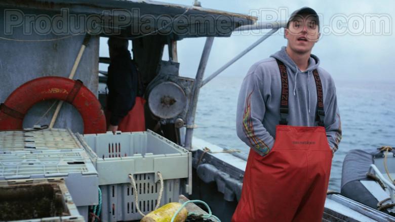 Grundéns Fishing Bib Pants in Hightown S01E01 (4)