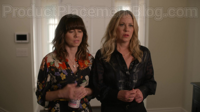 Health-Ade Kombucha Enjoyed by Linda Cardellini as Judy Hale in Dead to Me S02E07 If Only You Knew 2020 (2)