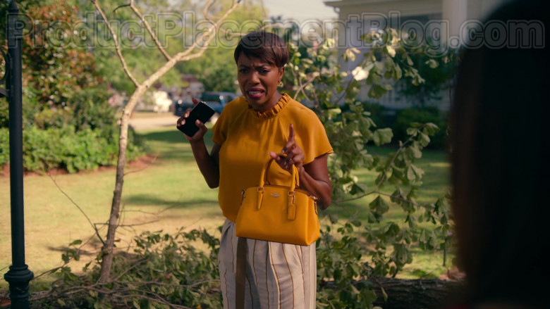 Heather Headley as Helen Decatur Using Coach Crossgrain Leather Mini Christie Carryall Bag in Sweet Magnolias TV Show (1)