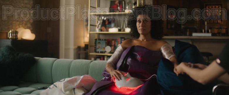 HigherDose Infrared Sauna Blanket of Tracee Ellis Ross in The High Note Movie (1)