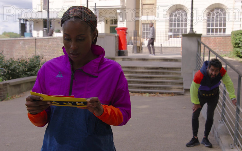 Issa Rae Wearing Nike Jacket For Running in The Lovebirds Movie by Netflix (1)