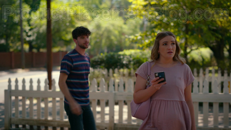 Jamie Lynn Spears as Noreen Fitzgibbons Using Apple iPhone Smartphone in Sweet Magnolias S01E07 TV Show