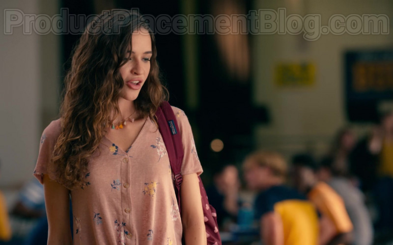 Jansport Backpack in Sweet Magnolias S01E02 A United Front (1)