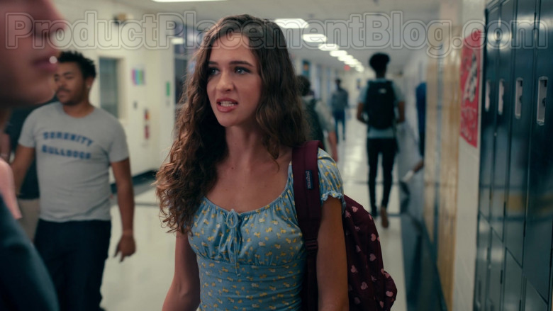 Jansport Backpack in Sweet Magnolias S01E02 A United Front (2)