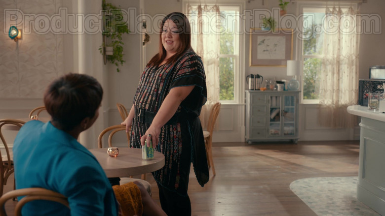 LaCroix Sparkling Water in Sweet Magnolias S01E08 TV Show by Netflix (1)