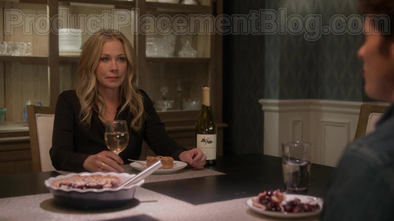 Lavender Oak Wine Enjoyed by Christina Applegate & Linda Cardellini in Dead to Me TV Show by Netflix (4)