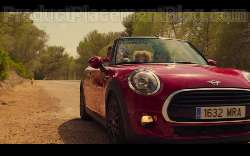 MINI Cooper Convertible Red Car in White Lines TV Show by Netflix (3)
