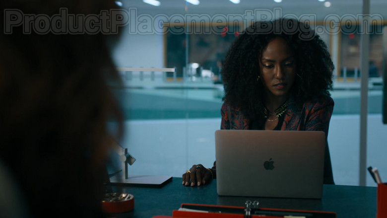 MacBook Laptop by Apple in Billions S05E01 The New Decas (2020)