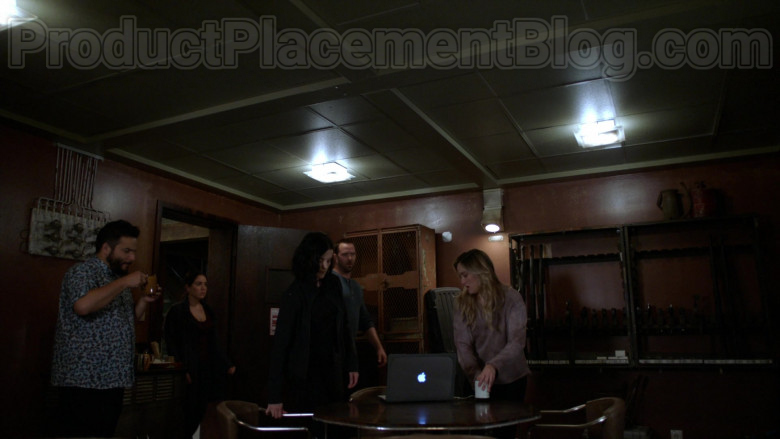 MacBook Laptop by Apple in Blindspot S05E03 Existential Ennui 2020 (1)