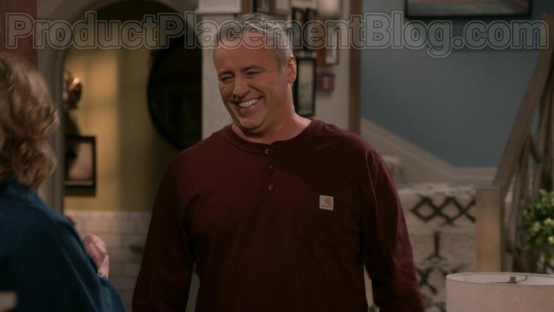 Matt LeBlanc Wearing Carhartt Men's Workwear Pocket Henley Shirt in Man with a Plan S04E09 TV Series (2)