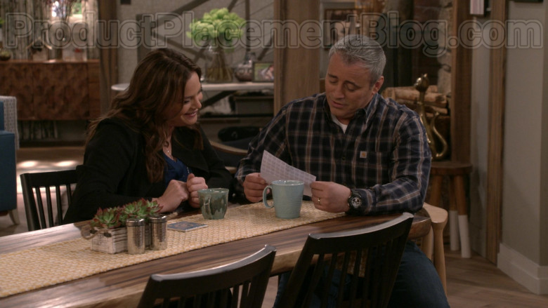 Matt LeBlanc Wearing Carhartt Plaid Flannel Long Sleeve Shirt in Man with a Plan S04E10 TV Show (1)
