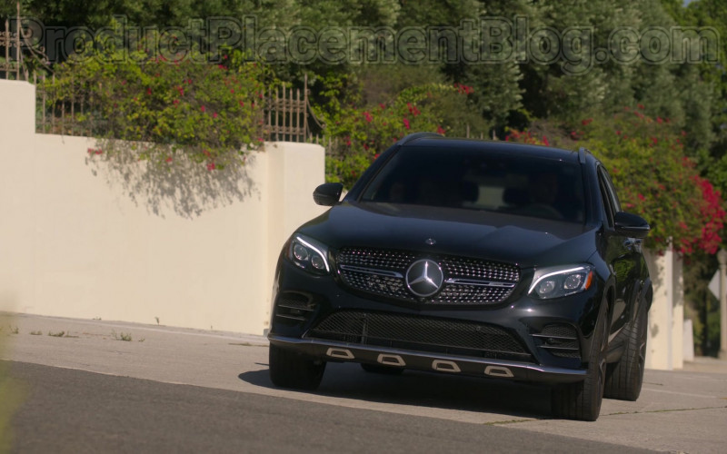 Mercedes-Benz AMG GLC43 Black Car in Dead to Me S02E01 You Know What You Did