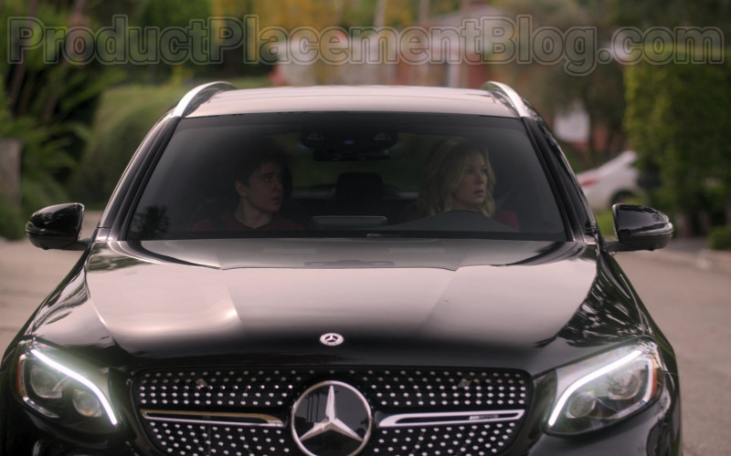 Mercedes-Benz GLC 43 AMG Black SUV Driven by Christina Applegate in Dead to Me S02E08 (1)