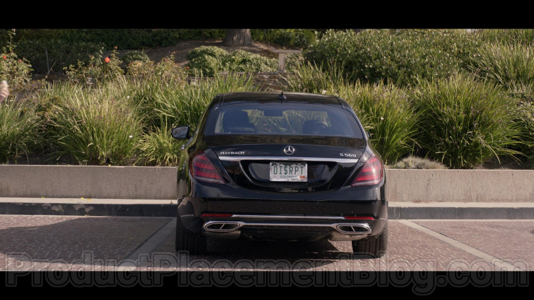 Mercedes-Benz S-Class Maybach S560 Black Car in Space Force S01E07 TV Show (2)