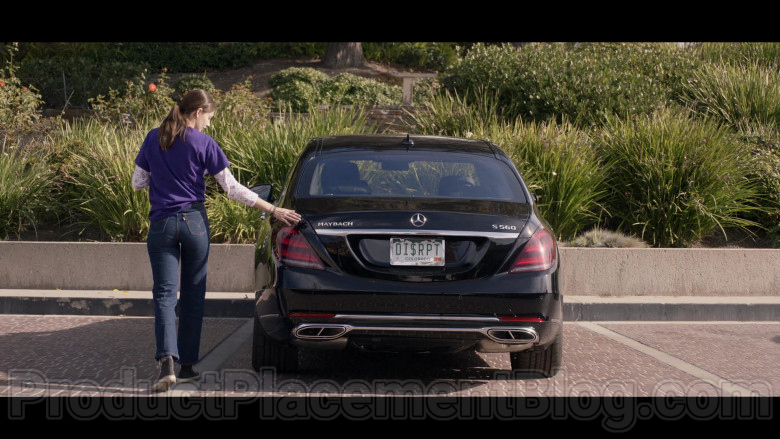 Mercedes-Benz S-Class Maybach S560 Black Car in Space Force S01E07 TV Show (3)