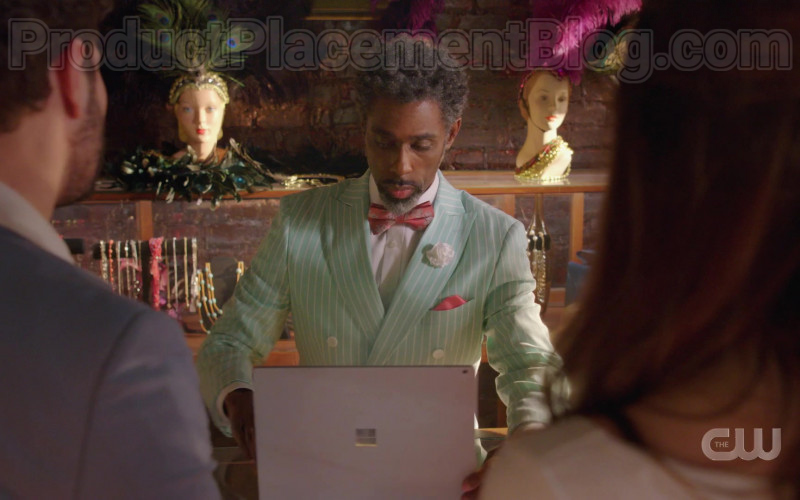 Microsoft Surface Laptop in Dynasty S03E20 My Hangover's Arrived (2020)