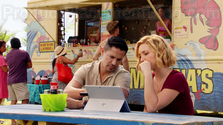 Microsoft Surface Tablet Used by Perdita Rose Annunziata Weeks in Magnum P.I. S02E18 (3)