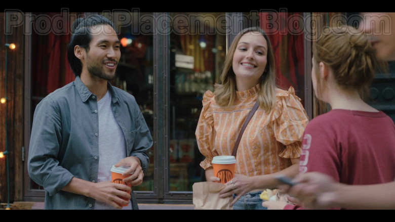Mud Coffee in Love Life S01E03 HBO MAX TV Series (1)