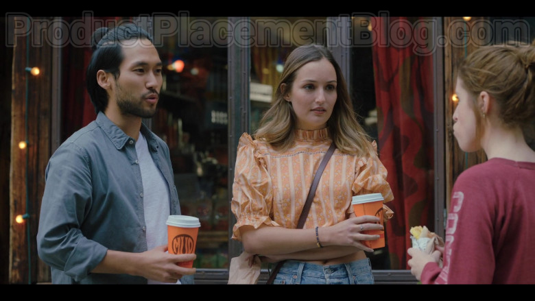 Mud Coffee in Love Life S01E03 HBO MAX TV Series (3)
