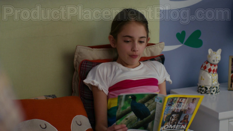 National Geographic Magazine in American Housewife S04E19 Vacation! (2020)