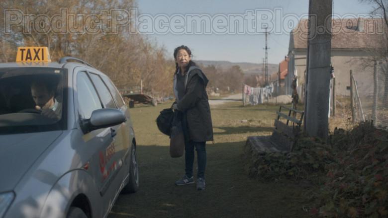 New Balance Grey Shoes of Sandra Oh in Killing Eve S03E04 Still Got It (2020)