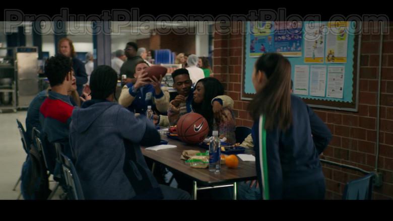 Nike Basketball in Stargirl S01E01 CW TV Series (1)
