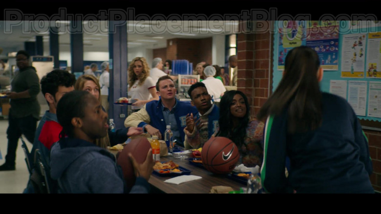 Nike Basketball in Stargirl S01E01 CW TV Series (2)