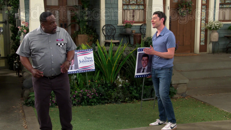 Nike Sneakers of Max Greenfield in The Neighborhood S02E22 (2)