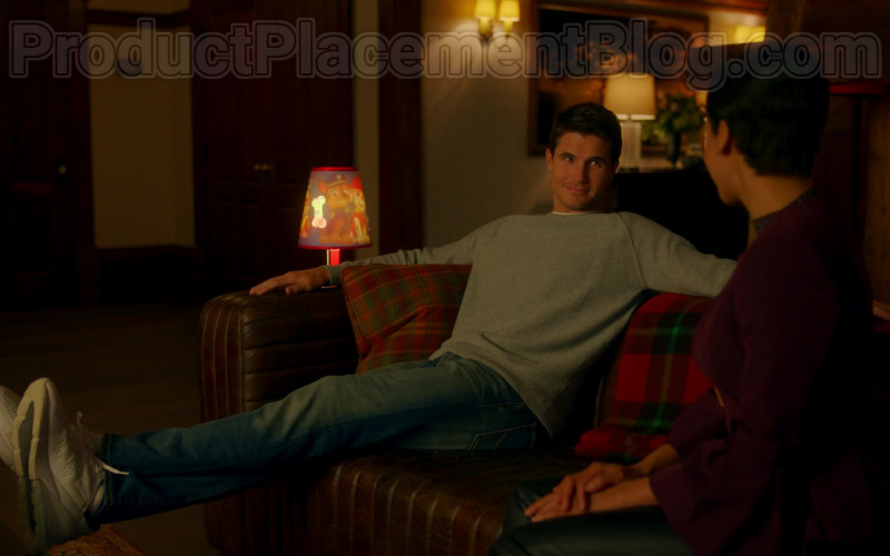 Nike Sneakers of Robbie Amell as Nathan Brown in Upload TV Show (1)