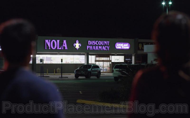 Nola Discount Pharmacy in The Lovebirds Movie (1)
