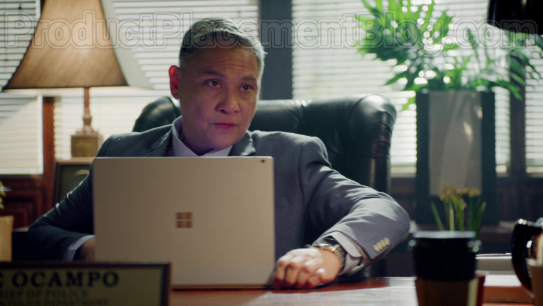 Nonie Buencamino as Ike Ocampo Using Microsoft Surface Laptop in Almost Paradise S01E08 TV Series (1)