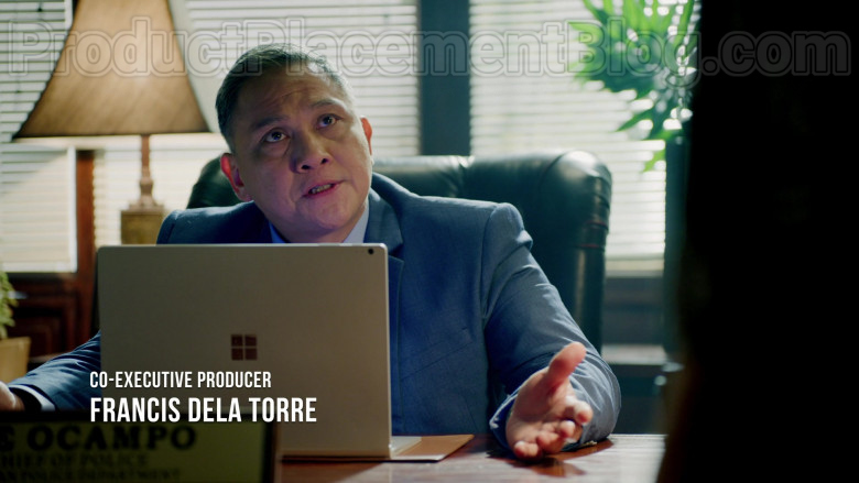 Nonie Buencamino as Ike Ocampo Using Microsoft Surface Laptop in Almost Paradise S01E08 TV Series (2)