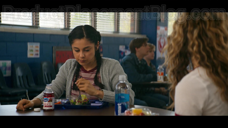 Ocean Spray Cranberry Juice Enjoyed by TV Show Cast Members in Stargirl S01E01 Pilot TV Series (1)