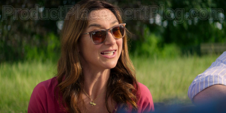 Ray-Ban Women's Sunglasses in Trying S01E03 Tickets for a Queue (2)