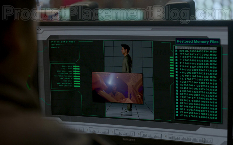 Samsung Monitor in Upload S01E10 Freeyond (2020)