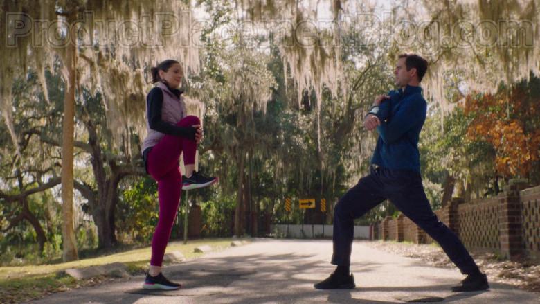 Sarah Wayne Callies Wearing Nike Running Shoes in Council of Dads S01E05 TV Show