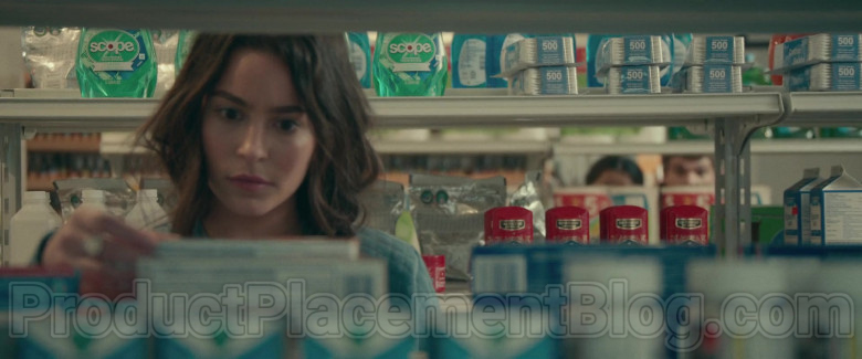 Scope Mouthwash by Crest in The Half of It Movie by Netflix (1)