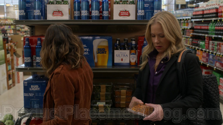 Stella Artois, Bud Light & Michelob Ultra Beer in Dead to Me S02E05 (2)