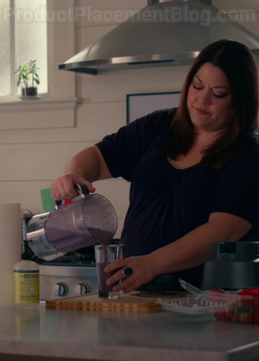 TV Show Cast Using Mrs. Meyer's Clean Day Liquid Hand Soap in Sweet Magnolias S01E10